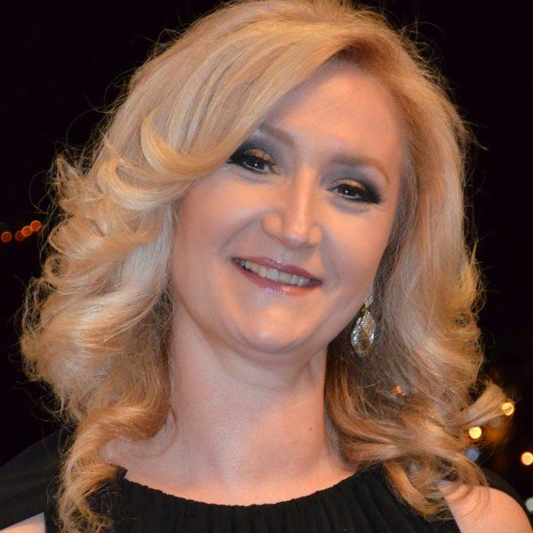 Доц. д-р Вера Николовска
